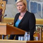 Finansminister Siv Jensen legger frem regjeringens tilleggsproposisjon til statsbudsjettet for 2014 (Kilde: Stortinget)