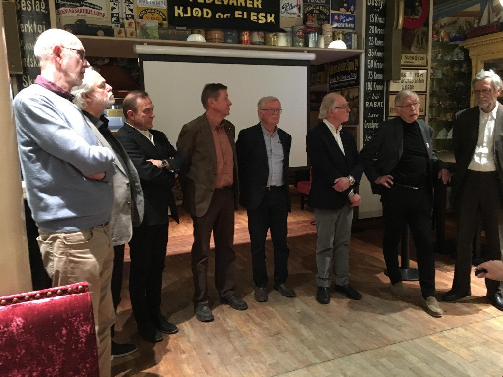 BEDRE OG BILLIGERE: Ekspertgruppen som 8. april la frem sin rapport om nytt Oslo-sykehus til halve prisen for forslaget til Helse Sør-Øst.